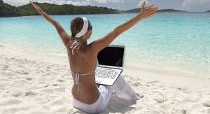 laptop_strand_dreamstime_60